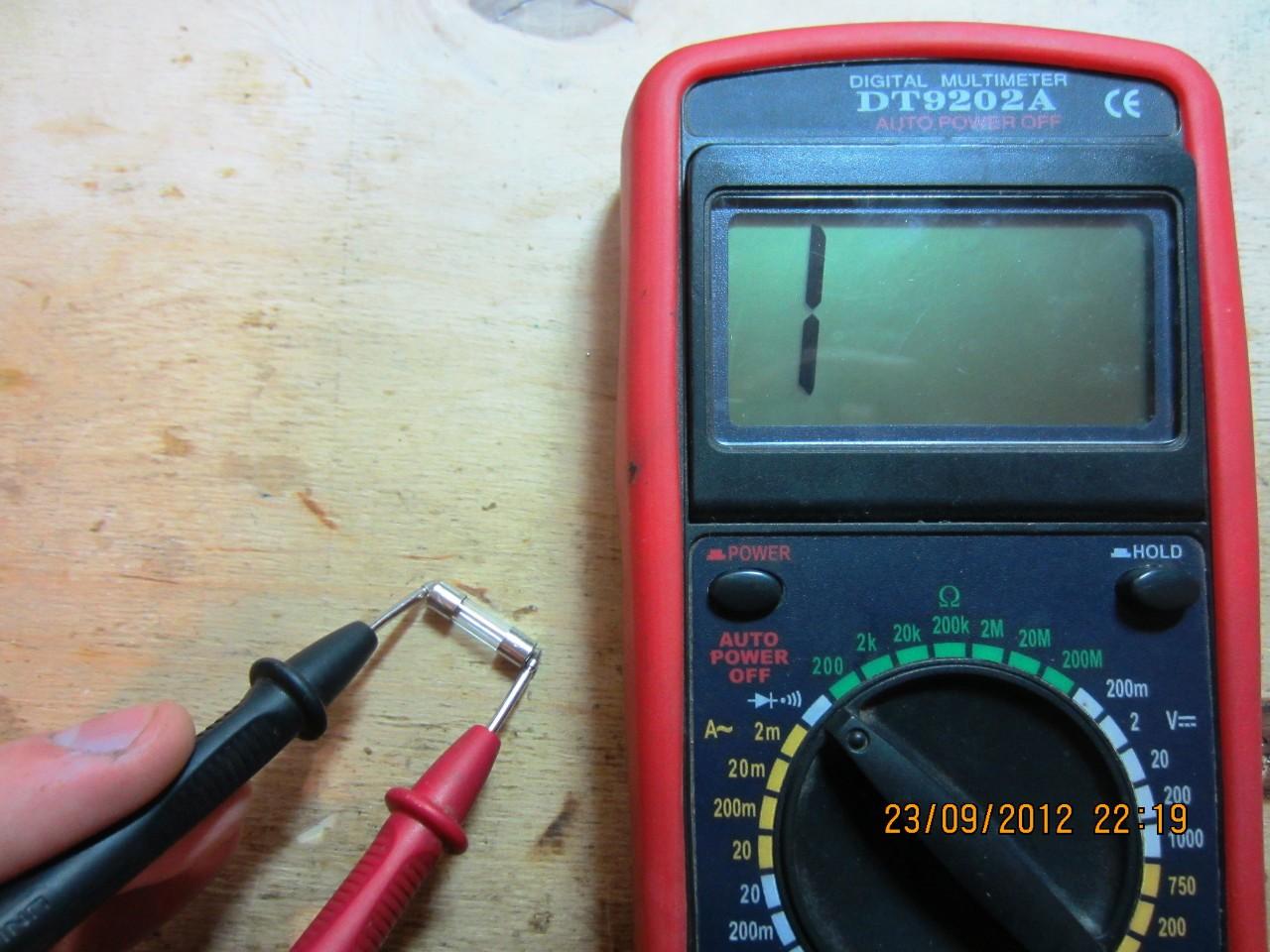 Почему не горит лампочка зарядки аккумулятора Ваз 2106 – 2107