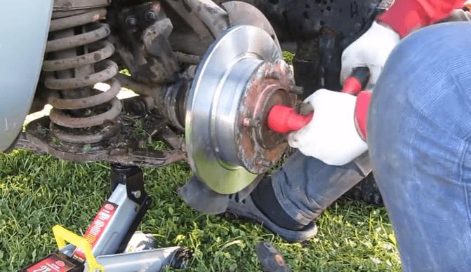 Сильно греются тормозные диски на Шевроле Нива - что делать?
