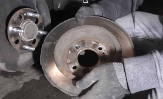 Греется тормозной диск на Hyundai Solaris – основные причины и способы устранения проблемы