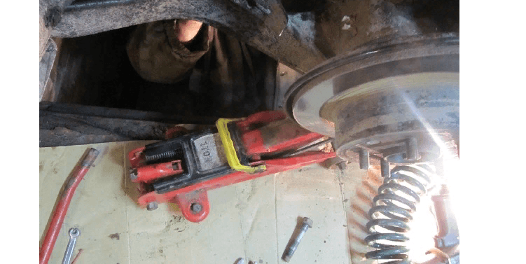 Как заменить сайлентблоки задних рычагов Nissan Qashqai своими руками