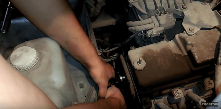 Как заменить помпу Ваз 2113 Ваз 2114 своими руками