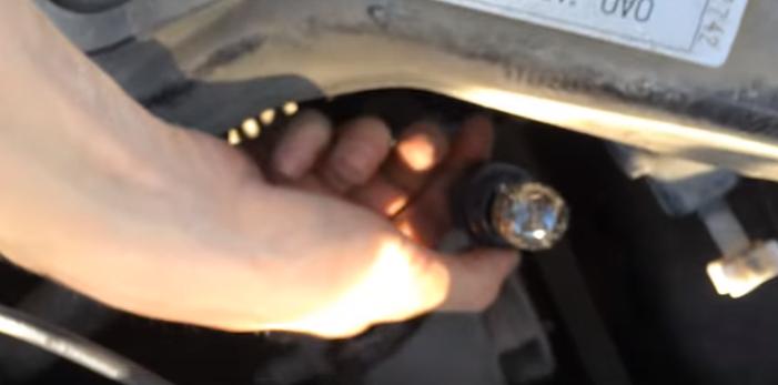 Как заменить дневные ходовые огни на Гранте своими руками пошаговая инструкция