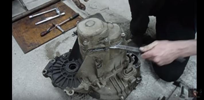 Неисправности разборка и ремонт КПП (коробки передач) Ваз 2110: пошаговые инструкции фото и видео отчеты