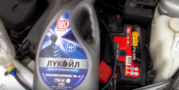 Замена масла в КПП(коробке передач) Лада Приора: периодичность замены, выбор трансмиссионного масла пошаговая инструкция и рекомендации по замене