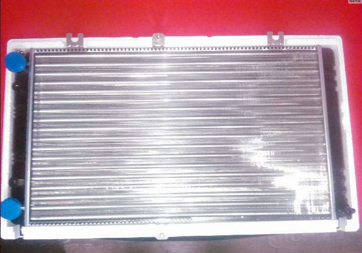 Новый радиатор Pramo Ваз 2114